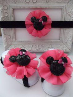 Diadema rosa y brillante negro Minnie Mouse y sandalias Descalzas Set on Etsy, $199.87