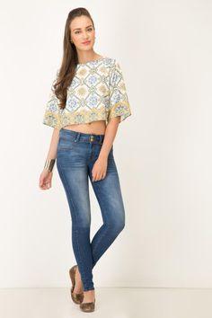Blusa koaj tiopia Skinny Jeans, Pants, Fashion, Heels, Blouses, Trouser Pants, Moda, Fashion Styles, Women's Pants