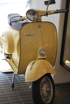 I would love a little yellow vespa. I would love even more to live somewhere whe… I would love a little yellow vespa. I would love even more to live somewhere where this is practical transportation :] Scooters Vespa, Motos Vespa, Moped Scooter, Motor Scooters, Vespa Motorcycle, Motorcycle Quotes, Vintage Vespa, Vintage Cars, Vespa Retro