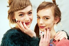 5 Genius Nail Art Tricks We Learned Backstage