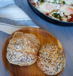 ELTEFRIE GROVE RUNDSTYKKER - Bakekona Bread, Food, Eten, Bakeries, Meals, Breads, Diet