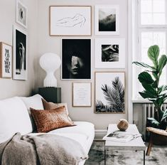 huge fan of this gallery wall layout