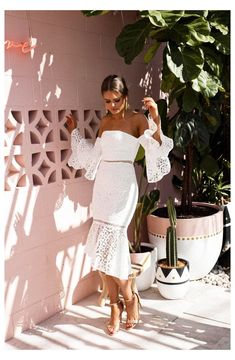 Year 10 Formal Dresses, Deb Dresses, Summer Dresses, Semi Formal Outfits For Women Parties, Midi Dresses, Formal Wear For Women, Elegant Formal Dresses, White Semi Formal Dress, Dresses For The Races