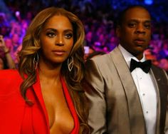 """Damon Dash says Beyoncé & Jay Z should apologise for being 'cowards'   As loyal listeners and fans of Beyoncé it's easy to forget that the release ofLemonadeearlier this year resulted in one family facing vicious online harassment.  ForRachel Royand Damon Dash """"Becky with the good hair"""" is more than just apop culture referencethe lyric has been the bane of their existence.  Devoted Beyoncé fans a.k.a. the Beyhive are notoriously persistent trolly and unpleasant to anyone to insults or does…"""