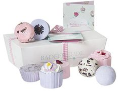 Deluxe Bath Bombs Gift Set Lumunu Badefreude Violetta, 8 Bath Pralines in a Gift Box with Card