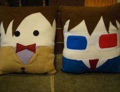 Whaaa! I must make these Doctor Who pillows! Maybe make a T.A.R.D.I.S. pillow to go with it... and a sonic screwdriver pillow.