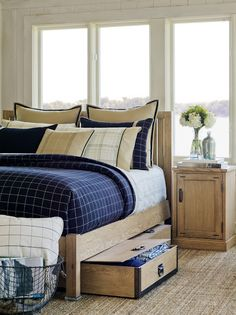 inspire | nautica - the pull-out drawers under the bed are a good idea... and of course that view :)