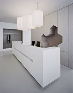 Reception Desk from Hautarztpraxis Dr. Best Office Design, Workplace Design, Office Interior Design, Medical Office Interior, Medical Office Design, Reception Desk Design, Office Reception, Reception Counter, Reception Areas