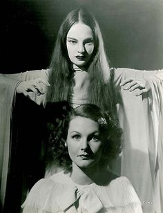 """Mark of the Vampire"" (1935) - Luna (Carroll Borland) and Irena (Elizabeth Allan) - Publicity still"