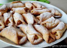 Przyjemność z pieczenia: Kruche ciastka zawijane z jabłkiem Apple Pie, French Toast, Food And Drink, Cookies, Breakfast, Events, Holidays, Crack Crackers, Morning Coffee