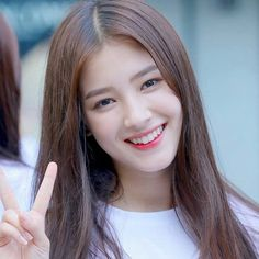 Nancy (full name Nancy McDonie) was born April she is a member of the Momoland group. Find and save ideas about Nancy on cnxx. Nancy Momoland, Nancy Jewel Mcdonie, Most Beautiful Faces, Beautiful Person, Nancy Korean, Ulzzang, Real Politics, Love Your Smile, Pre Debut