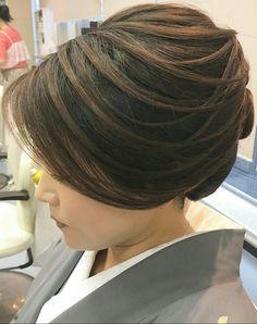 Wet Hair, Hair Dos, Short Hair Styles, Hair Beauty, Hairstyles, Japan, Bridal, Sandals, Board