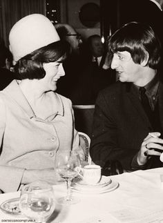 Dame Maggie Smith and Ringo Starr! Maggie Smith Young, Evil Under The Sun, Richard Starkey, Judi Dench, Julie Andrews, Ringo Starr, Great British, British Actors, Great Bands
