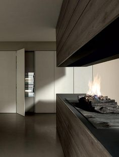 The MH6 programme is not limited to linear or wall compositions: is also able to create innovative designer ambiences. #designkitchen www.modulnova.it