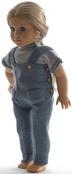 Breien poppenkleertjes patronen American Girl, Homemade Dolls, How To Start Knitting, Alexander Dolls, Light Blue Color, Warm Sweaters, Garter Stitch, Baby Outfits, Cold Day