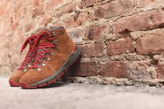 premium selection 6ba27 498ca Danner Mountain 600 Boot - Brown   Red