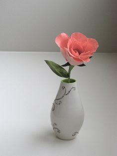 Crepe paper rose - same method as Martha, better tutorial