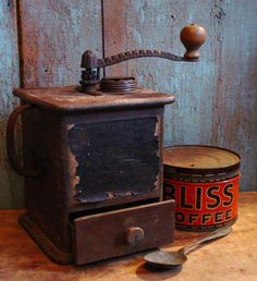 I love the look of old coffee grinders. They are just sooo neat!