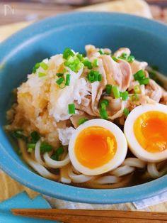 食欲がないときにオススメの 栄養満点ぶっかけうどん。 大根おろしいりなので サッパリ食べれて 胃腸にもやさしい♡ また、あるポイントを抑えることで お店のような仕上がりに♪ ポン酢だれを吸った 大根おろしも、最高ですよー! Ramen Recipes, Wine Recipes, Asian Recipes, Cooking Recipes, Ethnic Recipes, Japanese Dishes, Japanese Food, Japanese Noodles, Homemade Ramen
