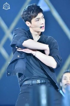 Lay, lookin at your picture is like a better workout for my heart than running-. Chanyeol, Kyungsoo, Kai, 5 Years With Exo, Yixing Exo, Korean Boy, Exo Ot12, Kim Min Seok, Kim Junmyeon