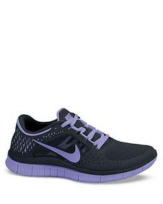 Nike Lace Up Sneakers - Free Run 3