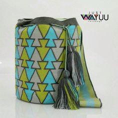 Wayuu Mochila bag (@just.wayuu) в Instagram: «This large single thread bag displays a fish pattern. Handcrafted handbags made by indigenous wayuu…»