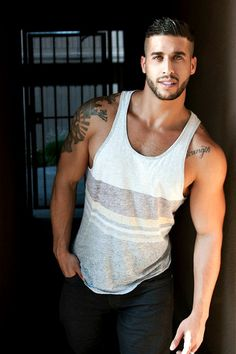 andy75017:  For more hot guys… Visit and follow me on:http://andy75017.tumblr.com