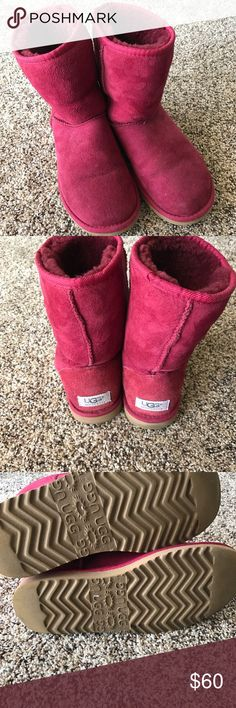 Berry/Maroon Classic Uggs In used condition with lots of life left! These have the old design on the sole, and are a size 6. Uggs run large, so these would fit a 7-7.5. UGG Shoes Winter & Rain Boots