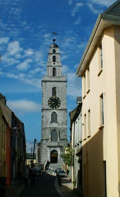 Playing with the idea of travelling County Cork? Go ahead, but have a look at our list of top-attractions first ;)
