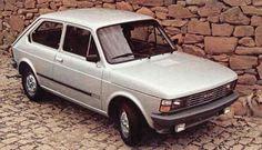 Fiat 147. E pensar que eu já fui louco para ter um carro desses... quando eu tinha 6 anos de idade, hahaha...