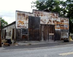 10 Creepy Ghost towns in Oregon. I've actually been through most of these-they're not creepy, but very coo!l