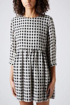 topshop--searsucker-gingham-smock-dress-product-1-17144714-3-147941134-normal_large_flex.jpeg (400×600)