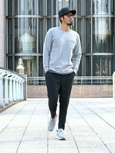 THE DUFFER OF ST.GEORGE|JEEさんのスラックス「'summary' STRETCH WOOL ANKLE CUT TAPERED TROUSERS:アンクル丈 ウールスラックス(The DUFFER of ST.GEORGE|ザダファーオブセントジョージ)」を使ったコーディネート