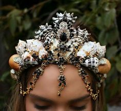 gold and black mermaid crown by chelsea shiels - chelseasflowercrowns on etsy Black Mermaid, The Little Mermaid, Shell Crowns, Seashell Crown, Mermaid Crown, Tiaras And Crowns, Costume Makeup, Headdress, Diy Fashion