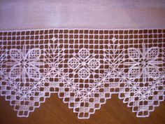 ethnography_ru: -embroidery on linen fabrics,