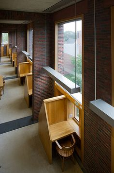 Library at Phillips Exeter Academy, Exeter, NH. I like how it takes advantage of how people like to be next to a wall and have natural light.