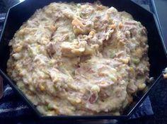 Hmmmm, mijn inmiddels meer dan 30 jaar geleden bedacht recept voor rundvleessalade (zonder teveel mayonaise) weer eens gemaakt. Grote favoriet van zoontje, mijn man was hier ook gek op. Een nachtje in de koelkast en morgen e