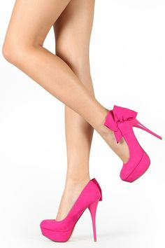 Hot sassy Fuschia high heels