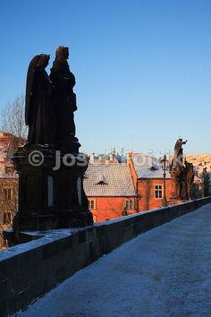 Charles Bridge and houses on Kampa Island, Prague, Czech Republic - Josef Fojtik Photography Charles Bridge, Prague Czech, Czech Republic, Statue Of Liberty, Houses, Island, Gallery, Pictures, Photography