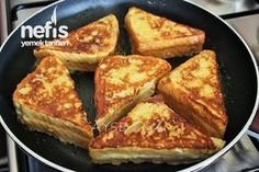 How to make French toast? 5 - World Cuisine Turkish Breakfast, Make French Toast, Wie Macht Man, Food Porn, Turkish Recipes, French Recipes, Baguette, Food Hacks, Breakfast Recipes