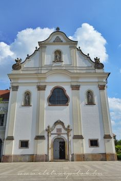 Vác, Hungary #church Central Europe, Hungary, Budapest, Mansions, House Styles, Travel, Viajes, Manor Houses, Villas