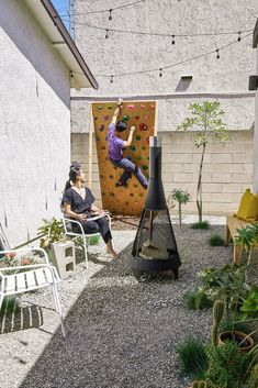 Renovation Budget, Los Angeles Neighborhoods, Moving Home, Modern Tiny House, Small Garden Design, Closer To Nature, The Neighbourhood, Exterior, House Design