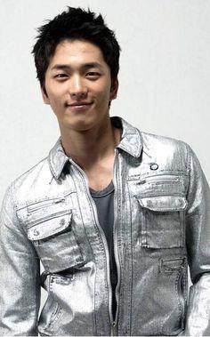 Lee Hyun Jin on Check it out! Asian Actors, Korean Actors, Lee Hyun Jin, Boy Meets, Full Episodes, Handsome, Musicians, Artists, Korean Guys