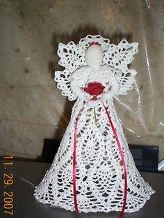 Ravelry: 0311 Pineapple Cascade Angel pattern by Cylinda D. Crochet Tree, Crochet Angels, Crochet Dolls, Christmas Angels, Christmas Crafts, Xmas, Christmas Items, Christmas Ornaments, Christmas Decorations