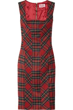 Had a similar plaid jumper like this once. It was perfect for dates!