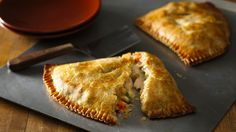 A very easy take on chicken pot pies. Takes only a few ingredients and about half an hour. Enjoy!