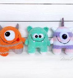 Items similar to Crochet Redhead Kawaii Monster Plush - Geeky Gifts - Weird Stuff Gifts - Dietitian Gifts - Amigurumi Alien on Etsy Crochet Eyes, Crochet Unicorn, Crochet Bunny, Monster First Birthday, Monster Birthday Parties, Monster Dolls, Cute Monsters, Little Monsters, Crochet Kawaii