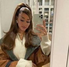 Ariana Grande Singing, Ariana Grande Cute, Ariana Grande Fotos, Ariana Grande Photoshoot, Ariana Grande Outfits, Ariana Grande Pictures, Yours Truly, Lady Gaga, Cabello Ariana Grande
