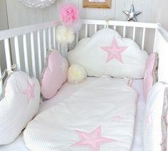 Ensemble tour de lit bébé 5 coussins nuage, et gigoteuse, ton rose clair