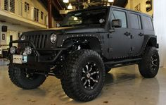 2013 BLACK JEEP WRANGLER UNLIMITED SPORT WITH 2.5″ LIFT AND 37″ TIRES | American Wheel and Tire